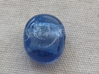Flat round 14x9mm blue glass bead with silver foil inside, 1 pcs