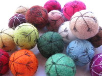 Felt ball mixes