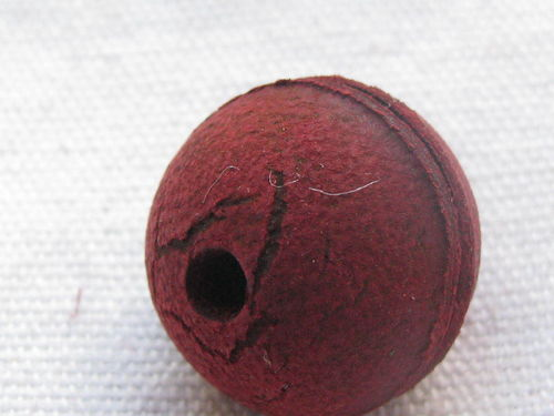 Leather bead, 18mm, red, 1 pcs