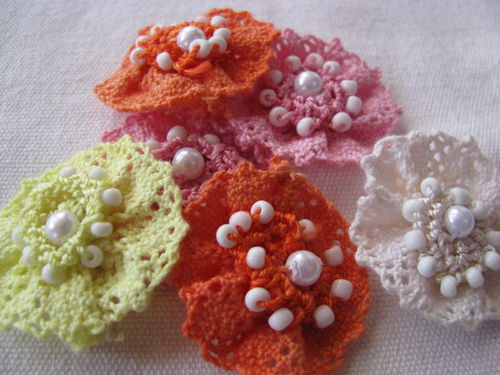 Lace flowers, yellow-orange, 6 pcs