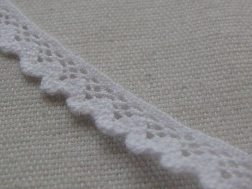 Lace, 7mm wide, white, 3m