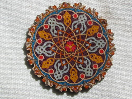 Mandala pendant, wood, 6cm, brown, 1 pcs