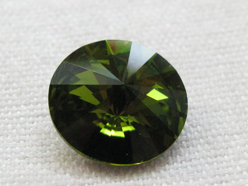 Chaton, 14mm, olivine, 1 pcs