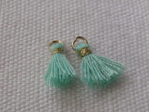 Mini tassel, 10mm, light green, 4 pcs