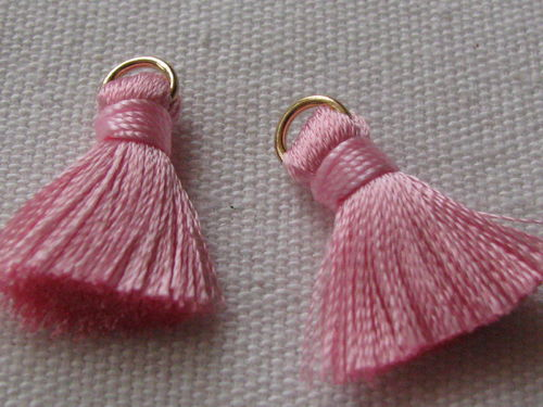 Tassel, thick mini, 20mm with ring, rose, 2 pcs