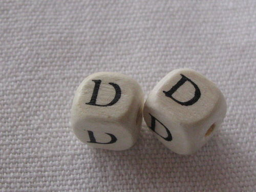 Wooden bead, cube 9x9mm, D letter, 1 pcs
