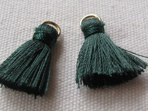 Tassel, thick mini, 20mm with ring, dark green, 2 pcs