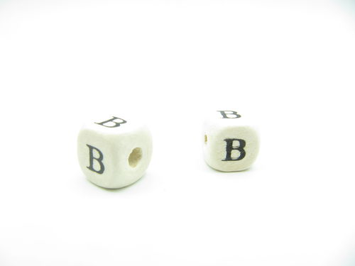Wooden bead, cube 9x9mm, B letter, 1pcs