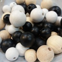 Coloured matt wooden beads